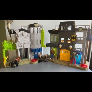 Bundle: EUC Imaginext Batman Playsets+ Figures